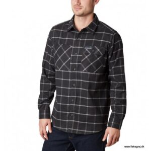 Columbia Outdoor Elements™ Stretch Flannel Shark Grid Plaid