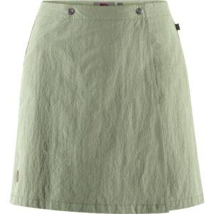 Fjällräven travellers mt skort w sage green - nederdel og shorts 2 i 1